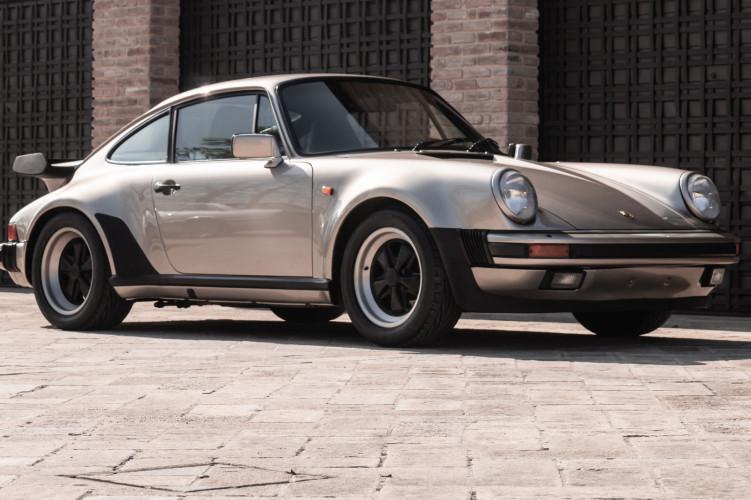 1985 Porsche 930 Turbo 11