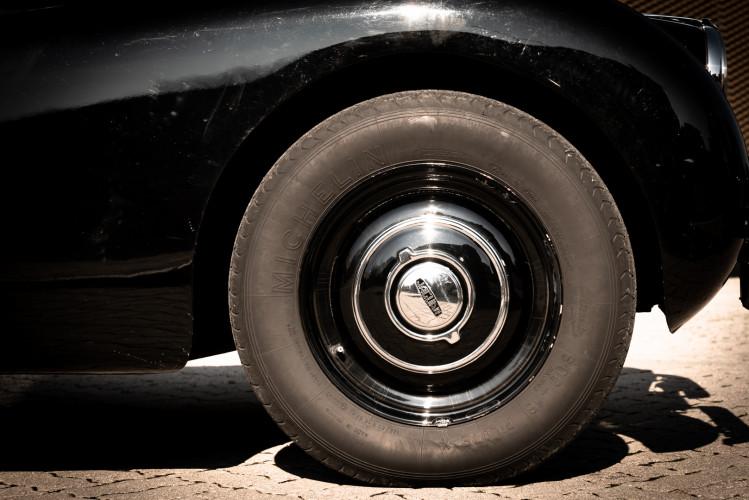 1952 Jaguar XK 120 OTS 15