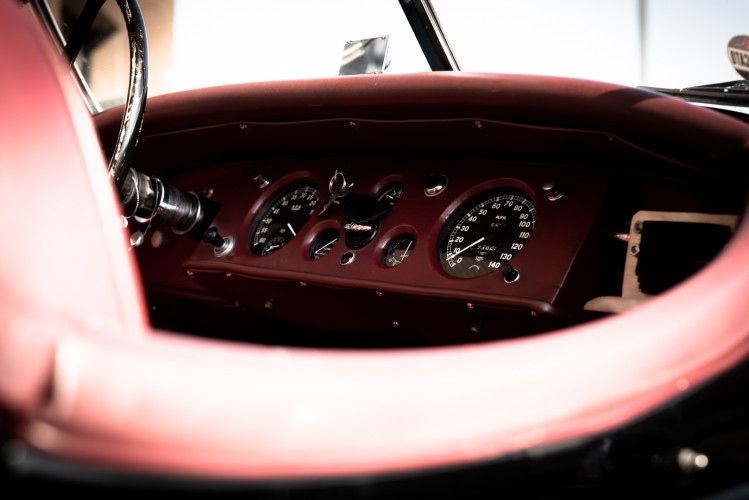 1952 Jaguar XK 120 OTS 27