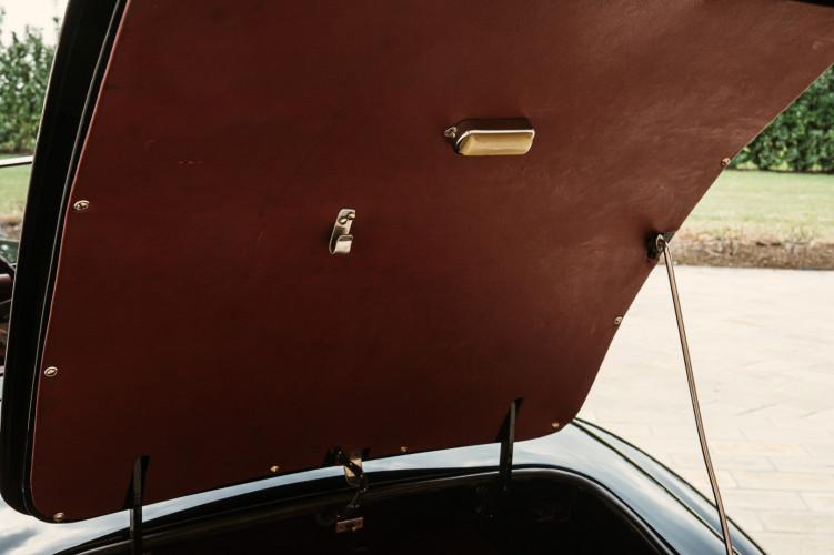 1952 Jaguar XK 120 OTS 8