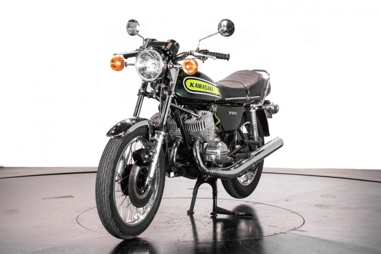 1974 Kawasaki Mach IV 750 5