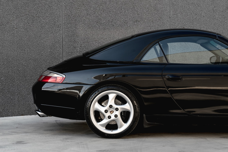 2001 Porsche 996 Carrera Cabrio 3