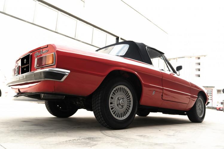 1976 Alfa Romeo Spider 2000 Duetto 6