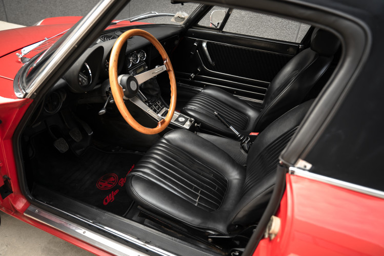 1976 Alfa Romeo Spider 2000 Duetto 20
