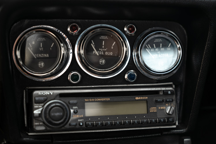 1976 Alfa Romeo Spider 2000 Duetto 33