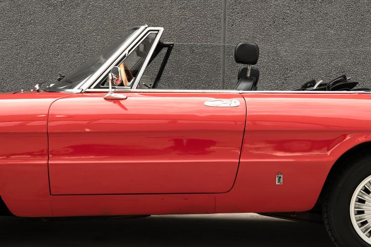 1976 Alfa Romeo Spider 2000 Duetto 43