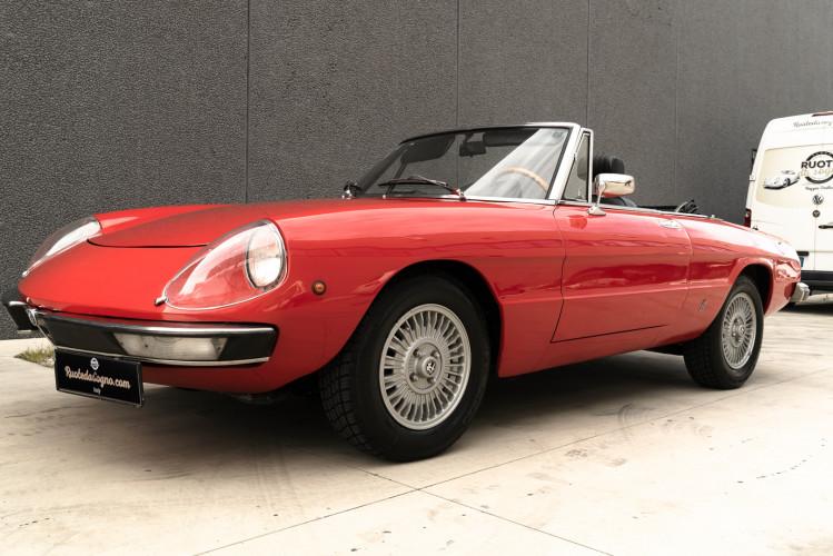 1976 Alfa Romeo Spider 2000 Duetto 42