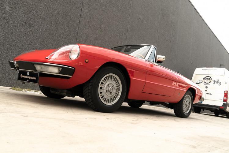 1976 Alfa Romeo Spider 2000 Duetto 45