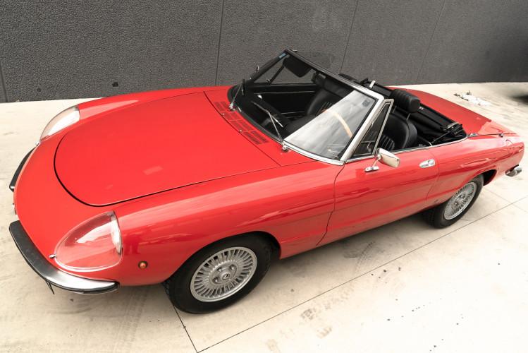 1976 Alfa Romeo Spider 2000 Duetto 44