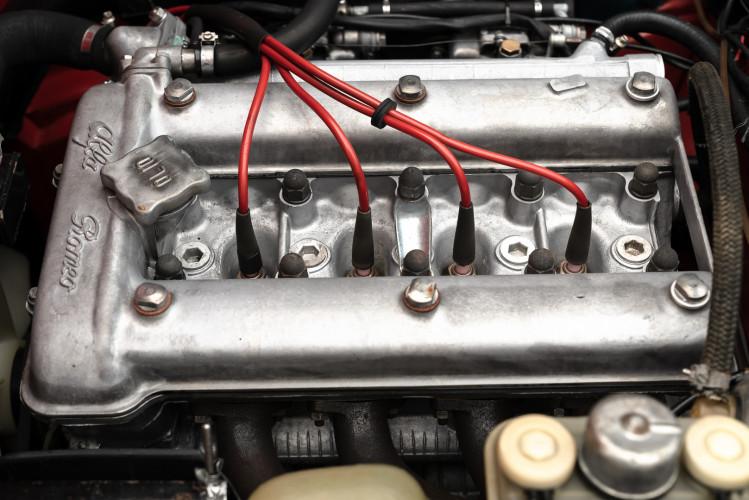 1976 Alfa Romeo Spider 2000 Duetto 46