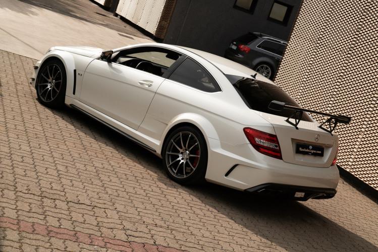 2012 Mercedes-Benz C63 AMG Black Series 4