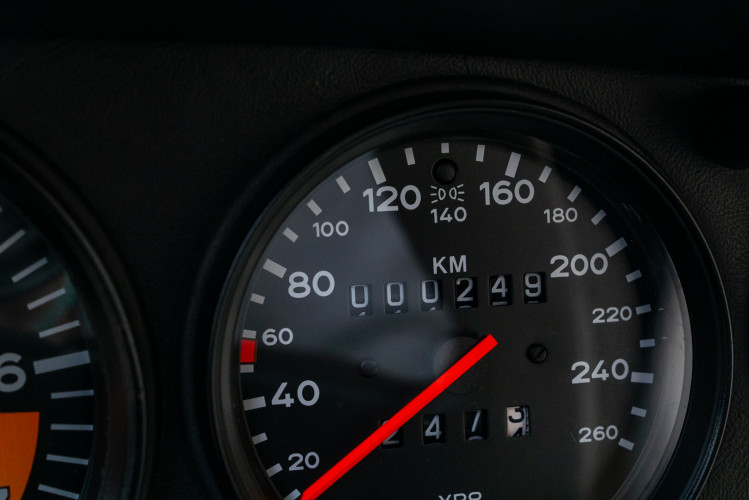 1989 Porsche 911 Speedster Turbo Look 42