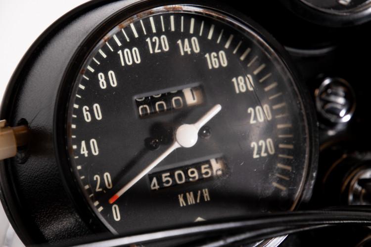 1972 SUZUKI GT 750 9