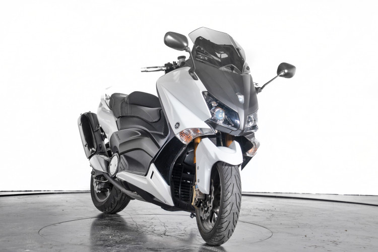 2013 Yamaha T-Max 530 3