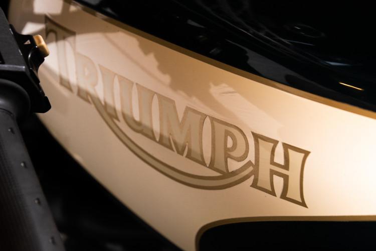 1993 Triumph Trident 900 9