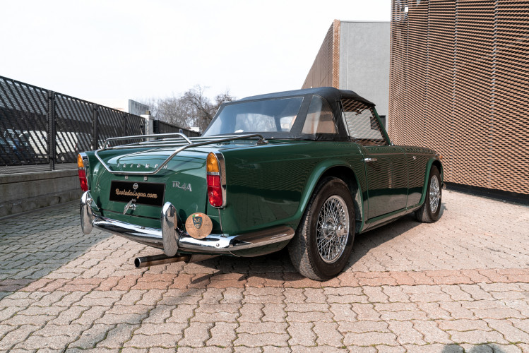 1965 Triumph TR4 A 8