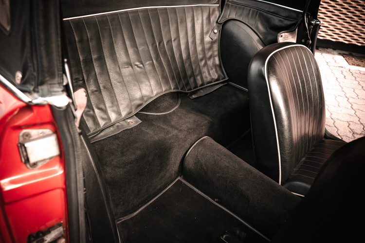 1963 Triumph TR4 22