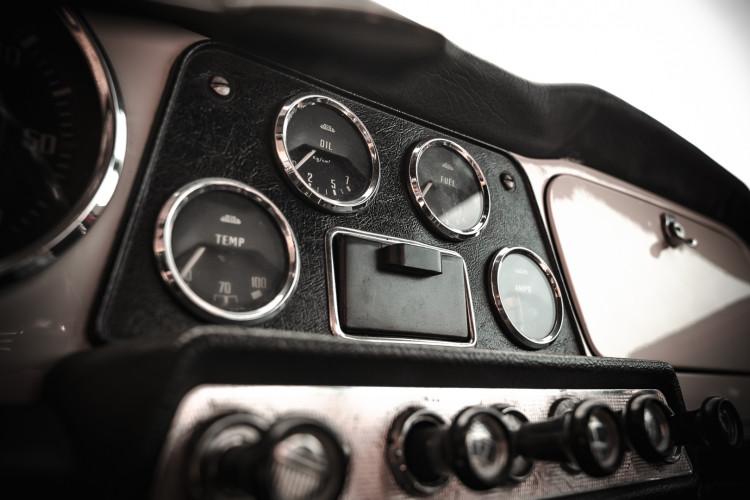 1963 Triumph TR4 31