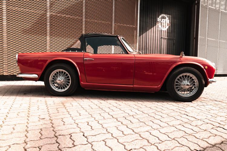 1963 Triumph TR4 9