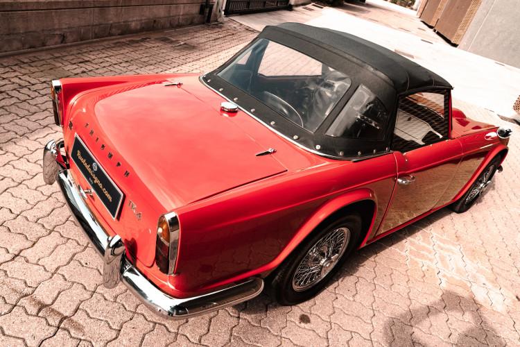 1963 Triumph TR4 8