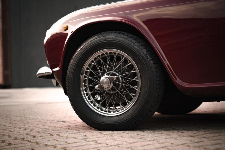 1963 Triumph TR4 Sport 9
