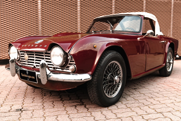 1963 Triumph TR4 Sport 3