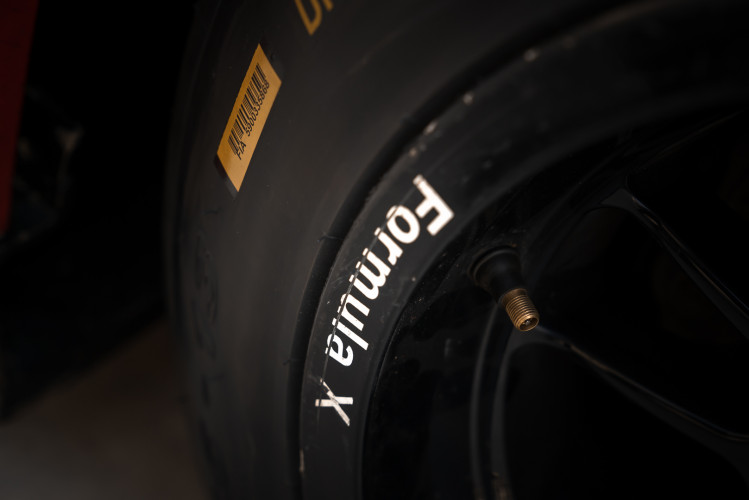 2004 Van Diemen Formula X RF04 CFX 36