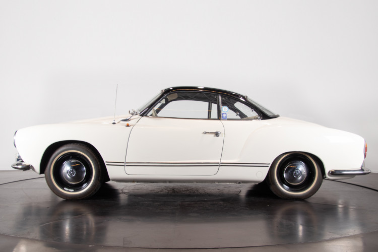 1965 Volkswagen Karmann Ghia 1