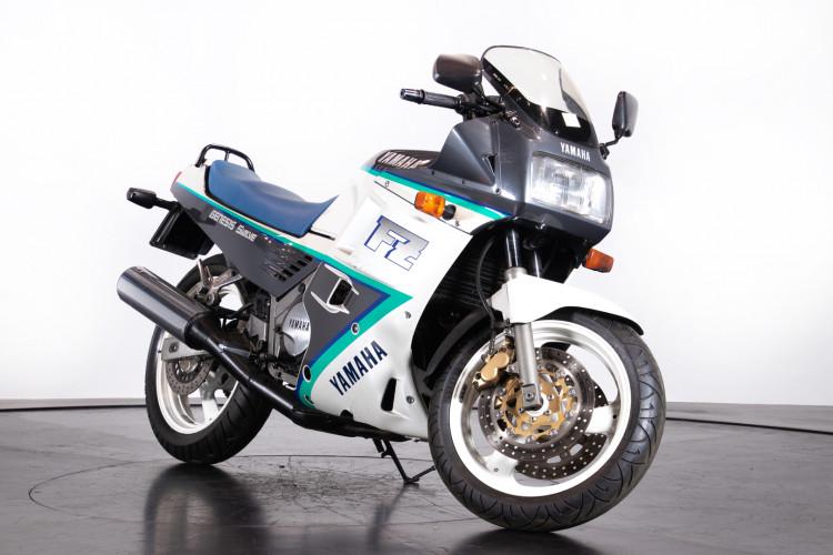 1991 Yamaha FZ 750 3