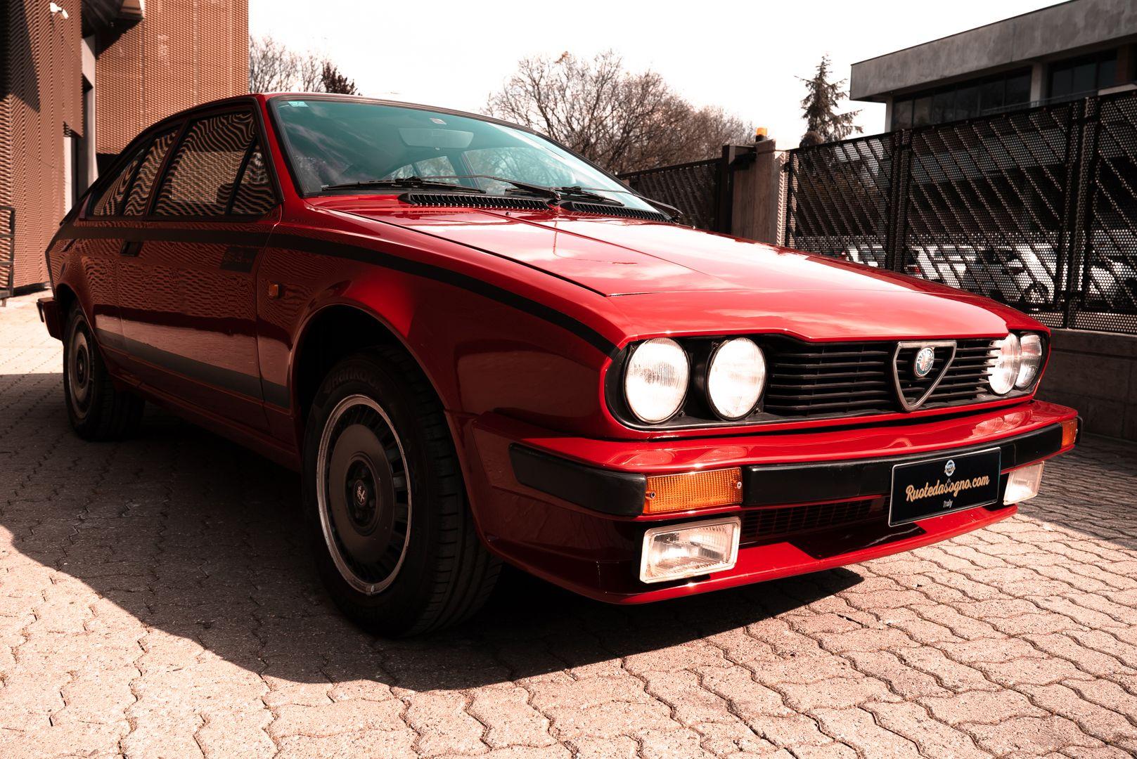 1981 Alfa Romeo Alfetta GTV Gran Prix no. 128 68555