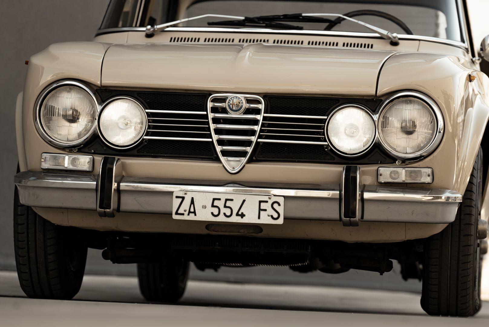 1972 Alfa Romeo Giulia Super 1300 76643