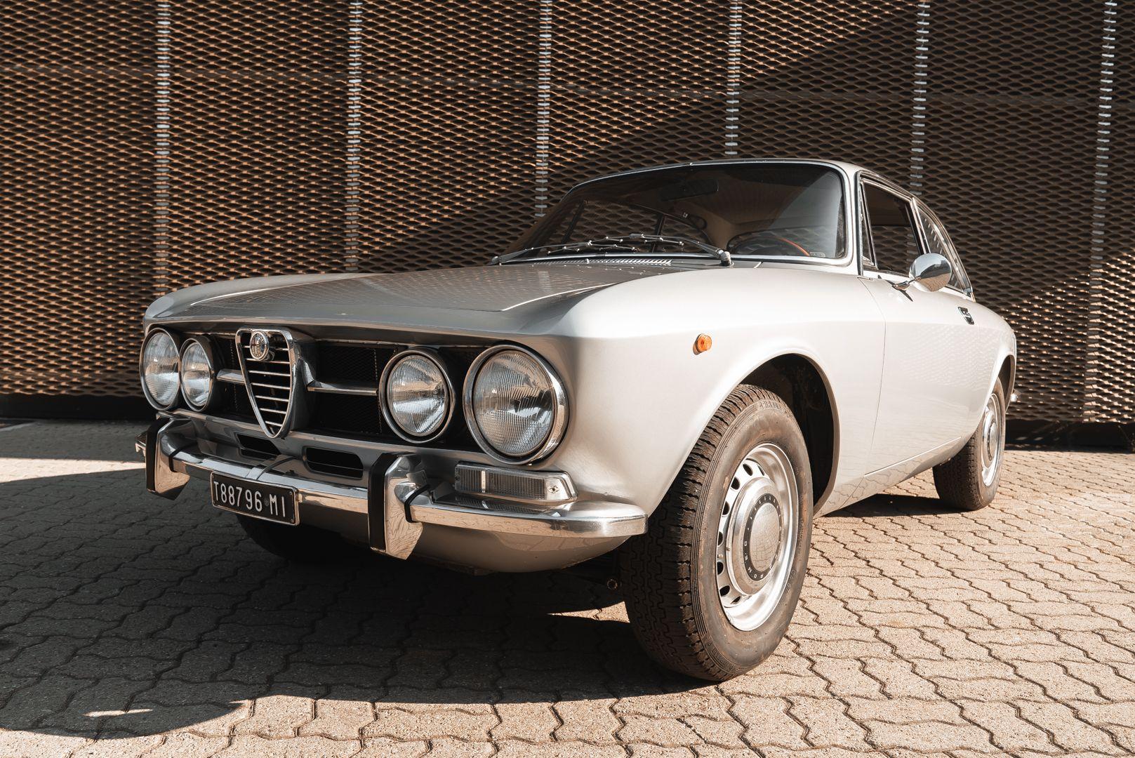 1974 Alfa Romeo GT Veloce 1750 83199