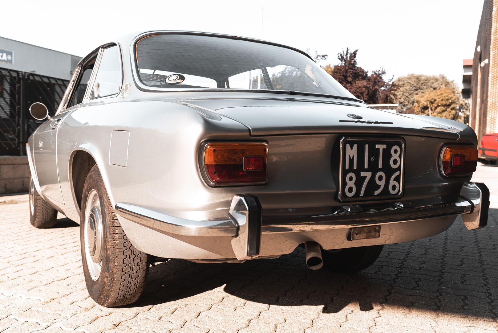 1974 Alfa Romeo GT Veloce 1750 83204