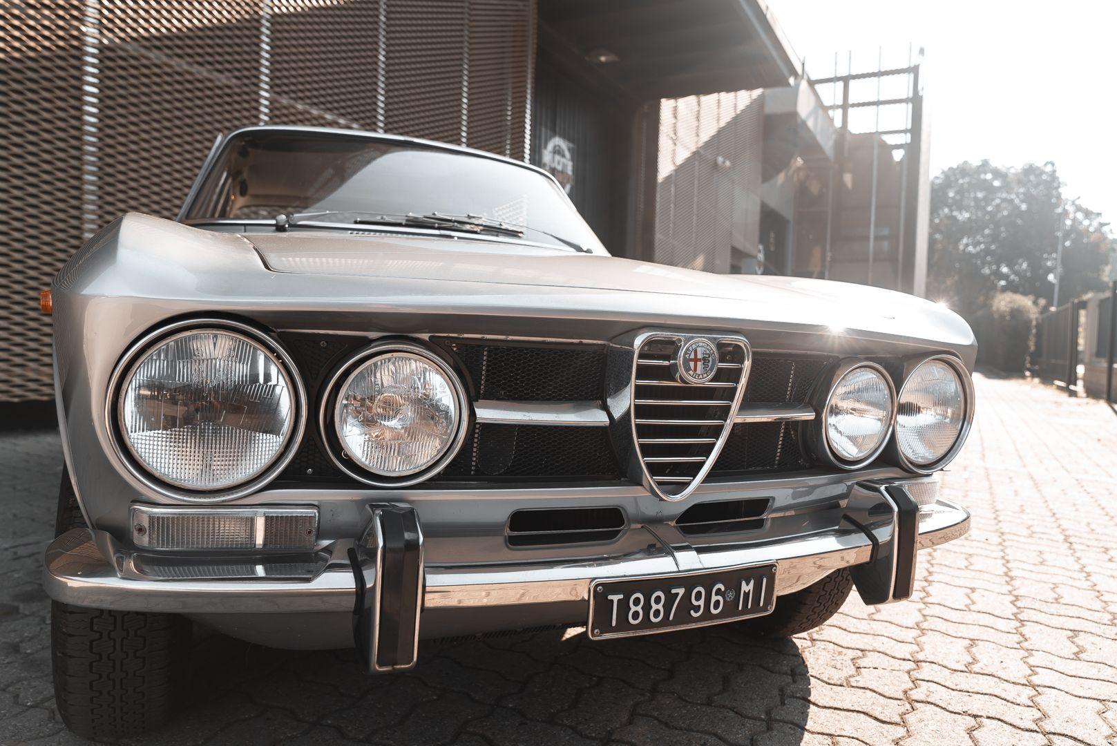 1974 Alfa Romeo GT Veloce 1750 83217