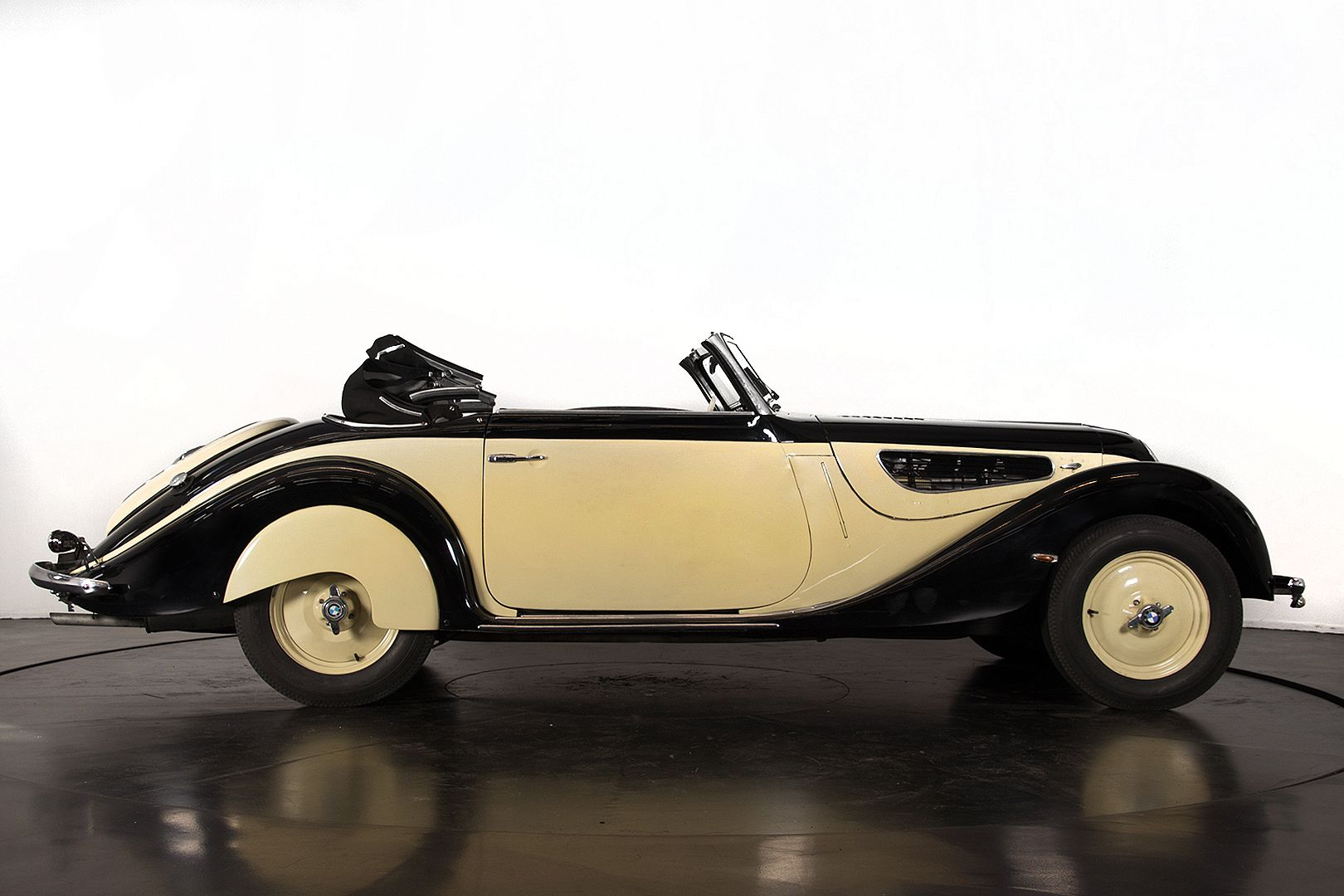 1938 BMW 327/28 22111