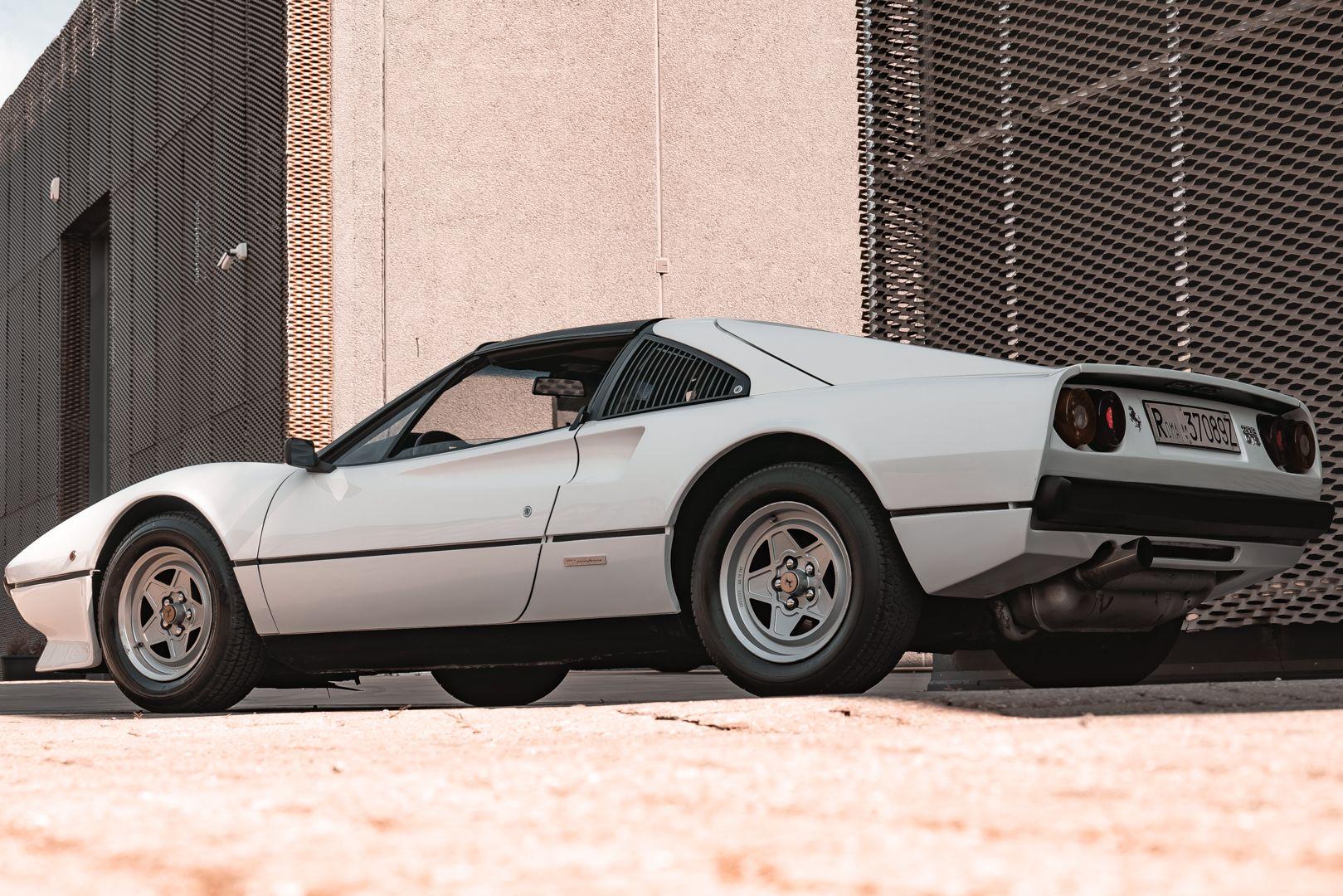 1982 Ferrari 208 GTS Carburatori 76002