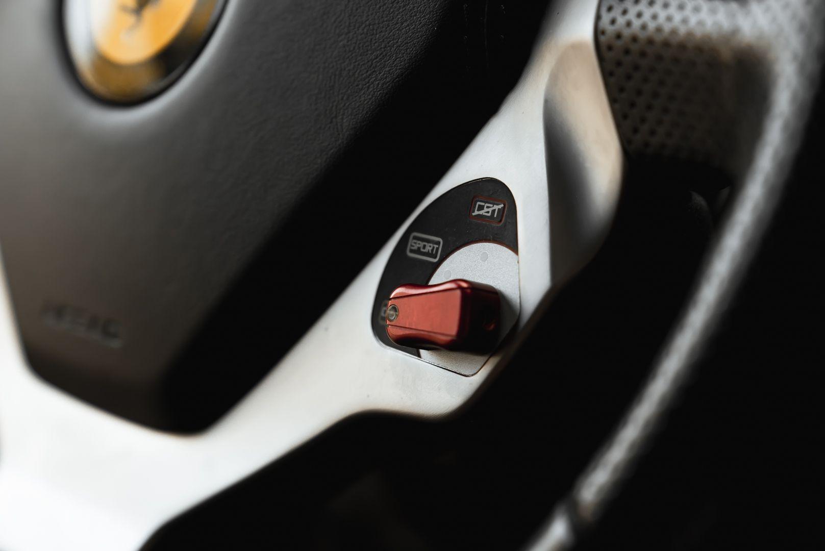 2010 Ferrari California 4.3 DCT 83051