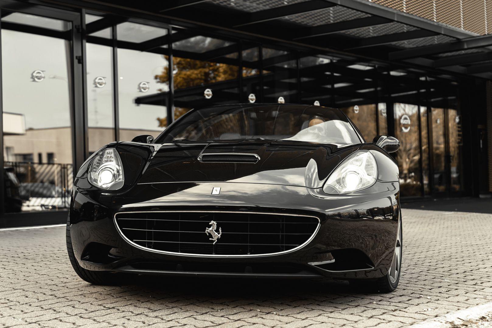 2010 Ferrari California 4.3 DCT 83019