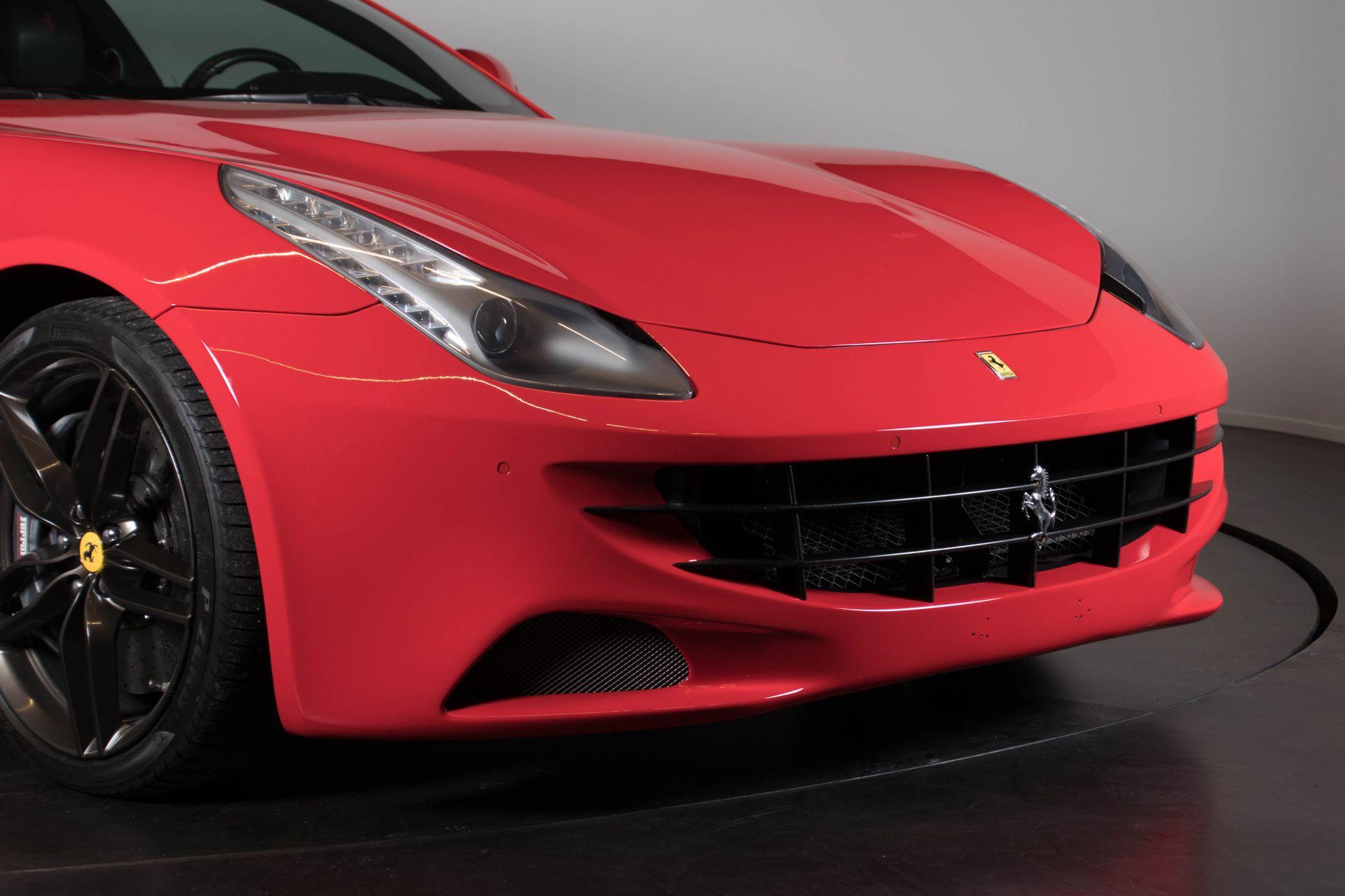 2014 Ferrari FF 3759