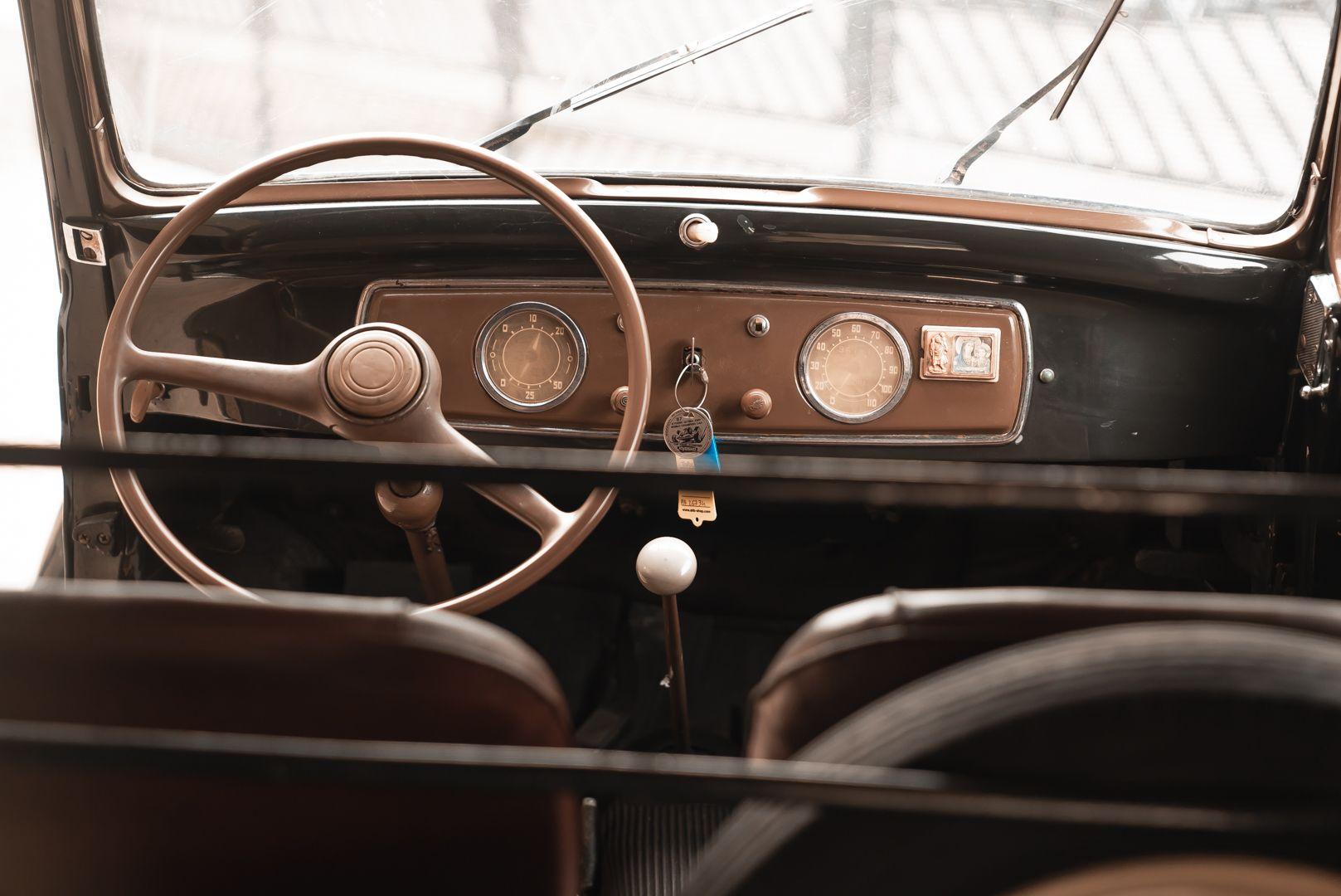 "1953 Fiat 500 C Topolino Furgone ""Innocenti"" 81640"