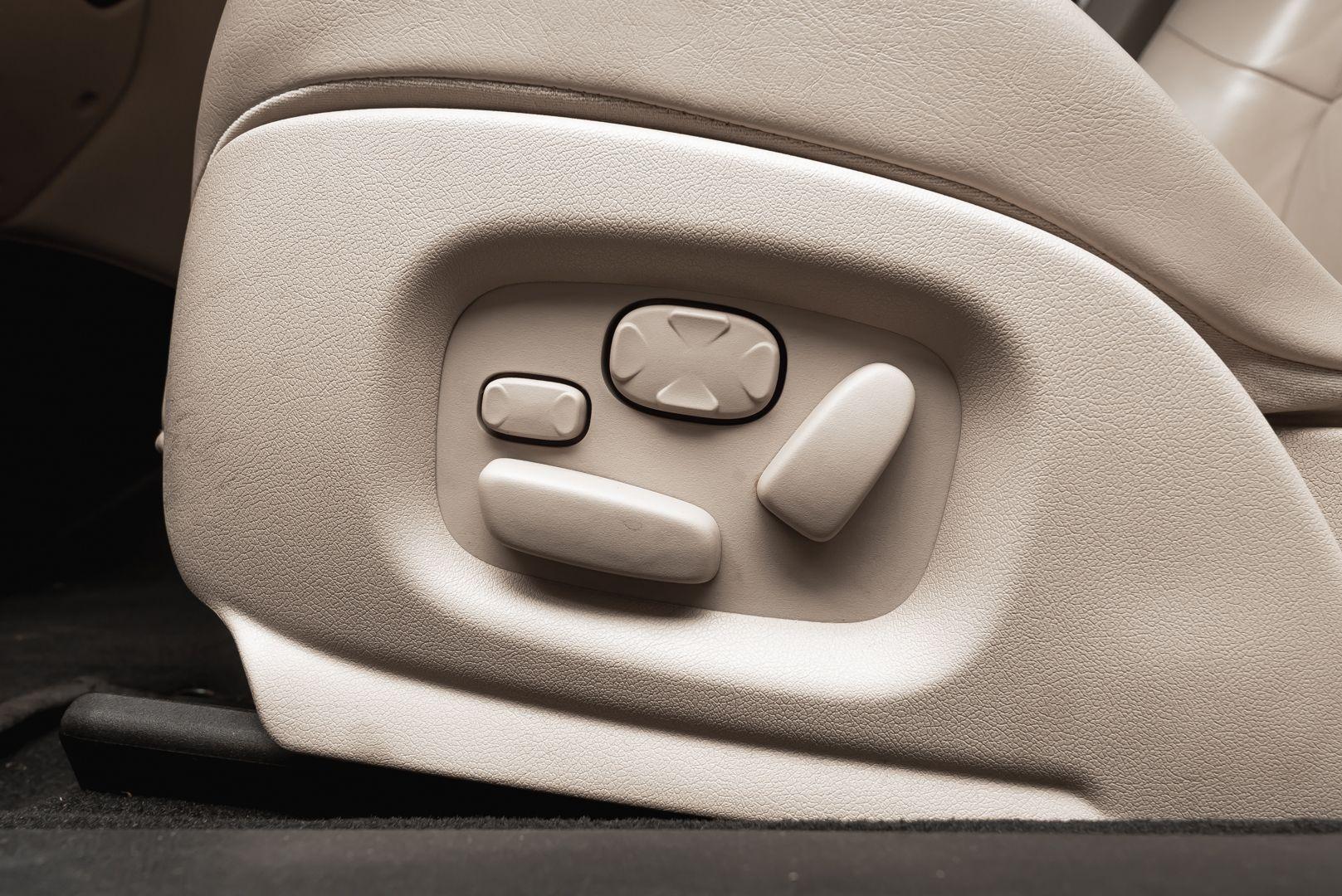 2002 Jaguar S-Type R 4.2 V8 81195