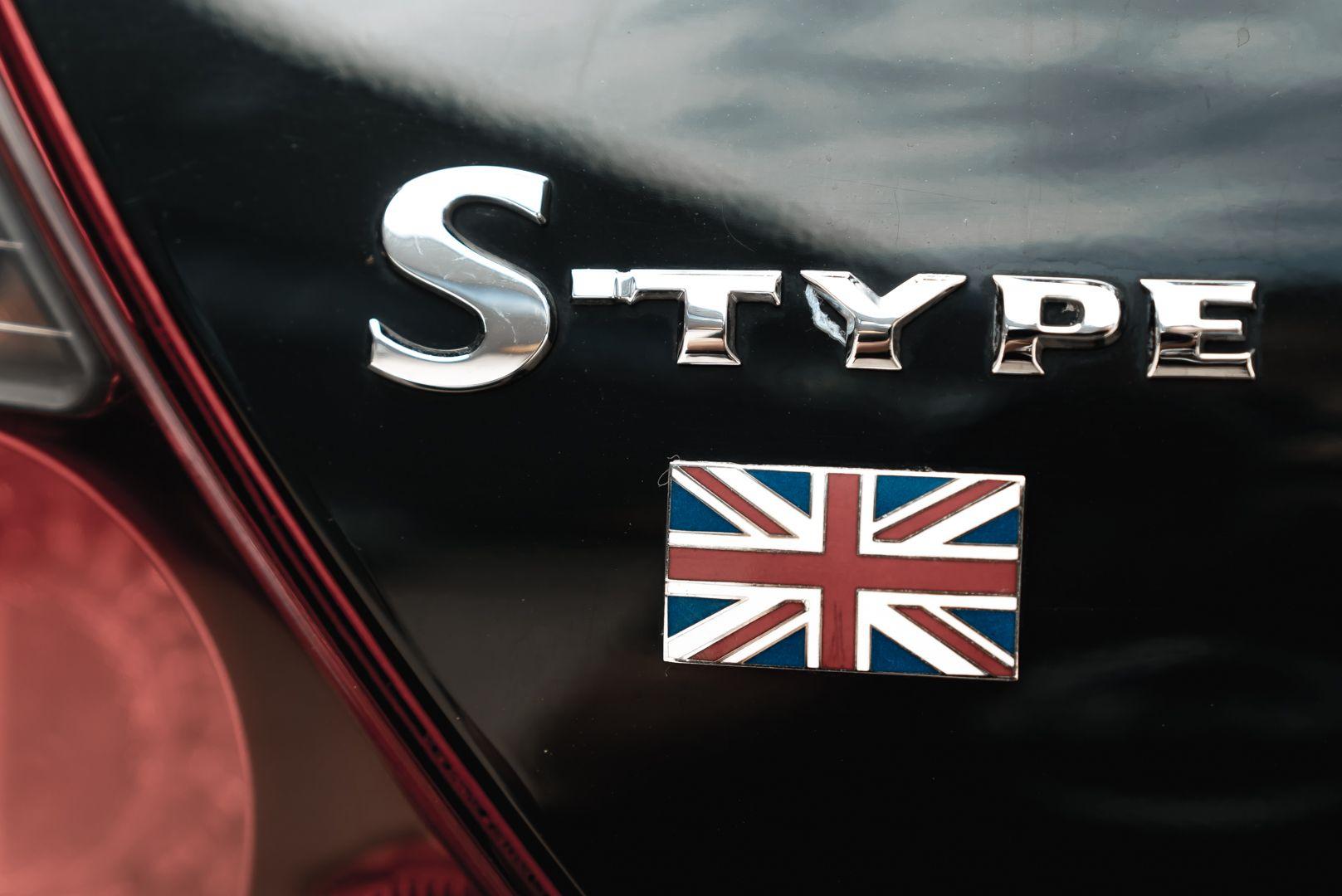 2002 Jaguar S-Type R 4.2 V8 81176