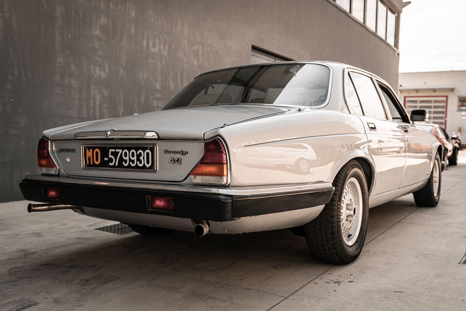 1983 Jaguar XJ6 4.2 Sovereign 80185
