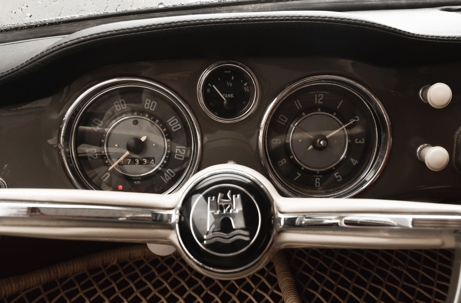 1961 Volkswagen Karmann Ghia 81153