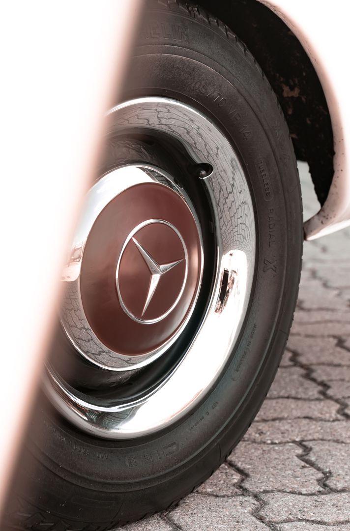 1966 Mercedes Benz SL230 Pagoda 75854