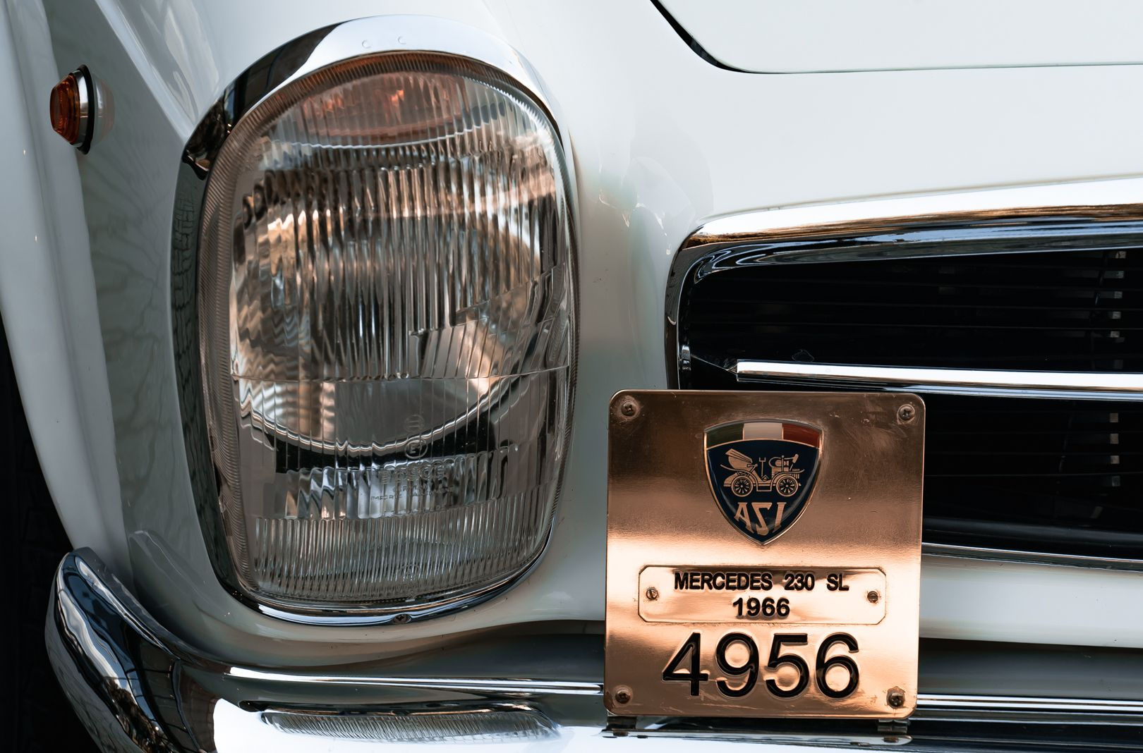 1966 Mercedes Benz SL230 Pagoda 75860