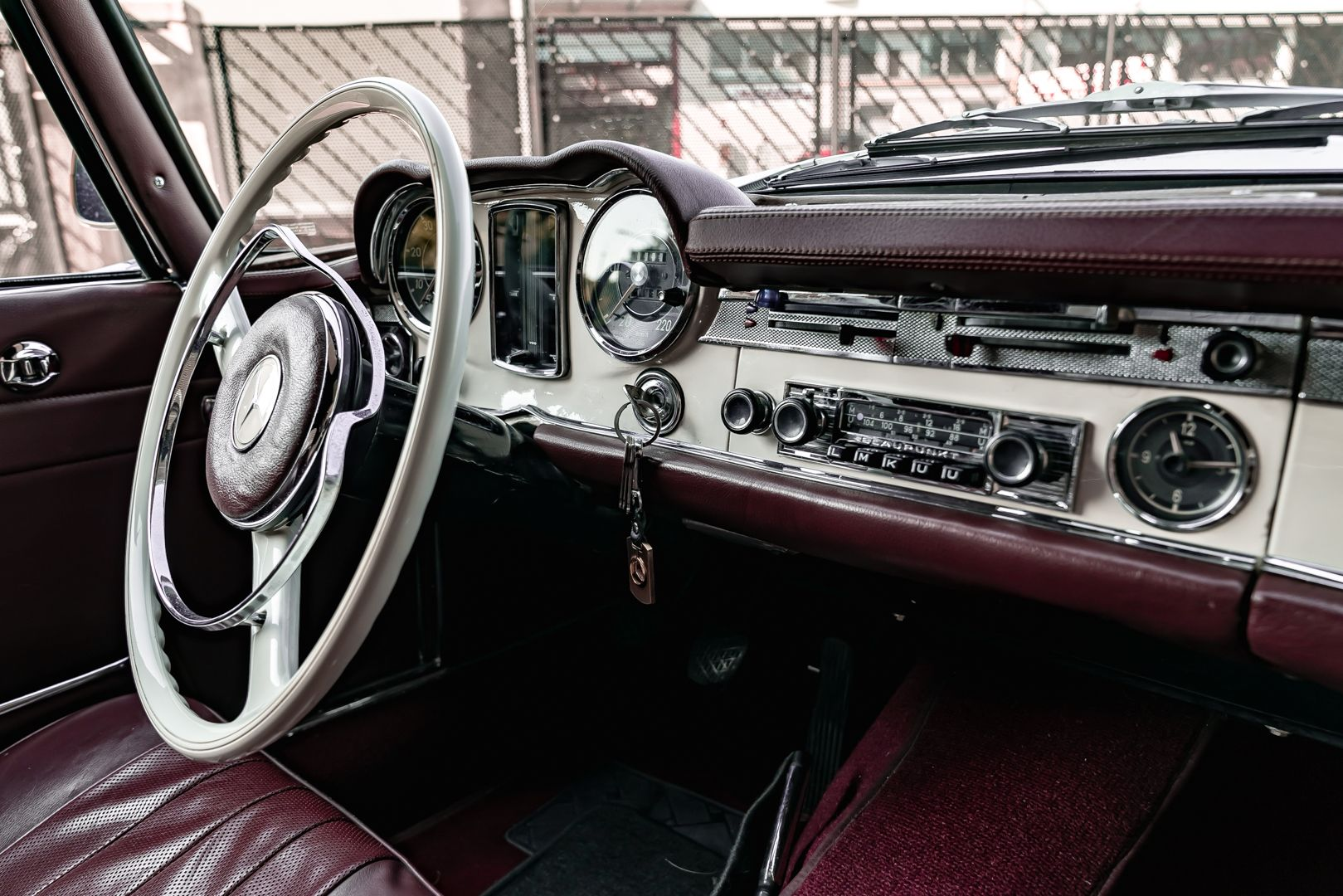 1965 Mercedes-Benz SL230 Pagoda 78536