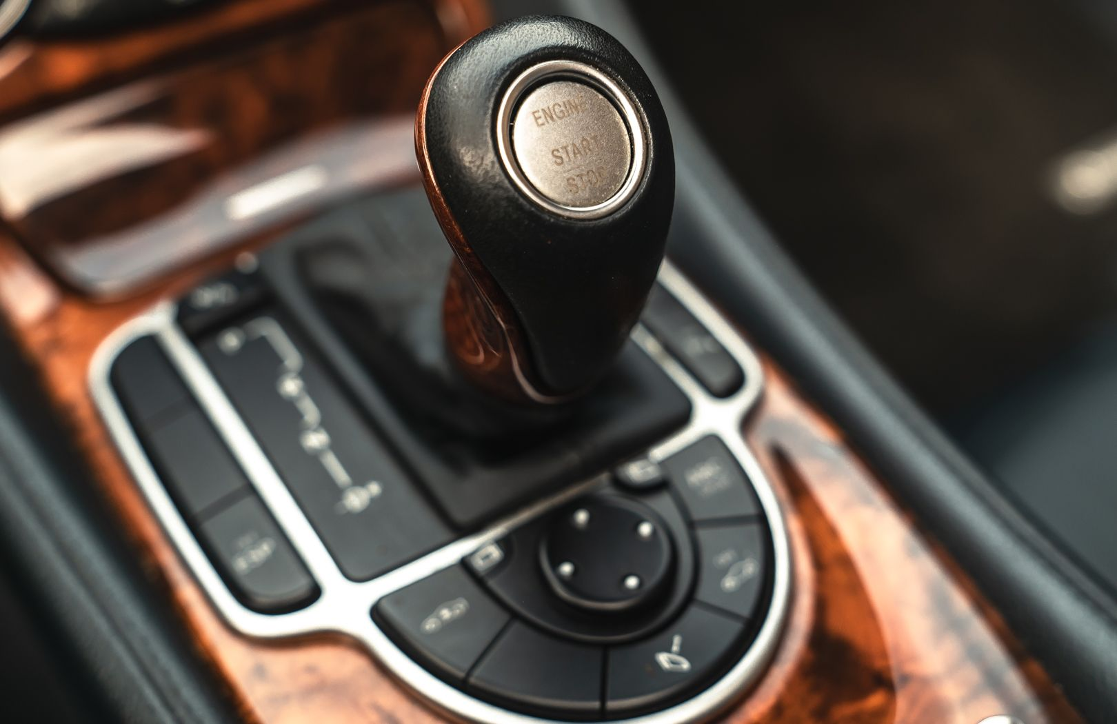 2002 Mercedes-Benz SL500 84187