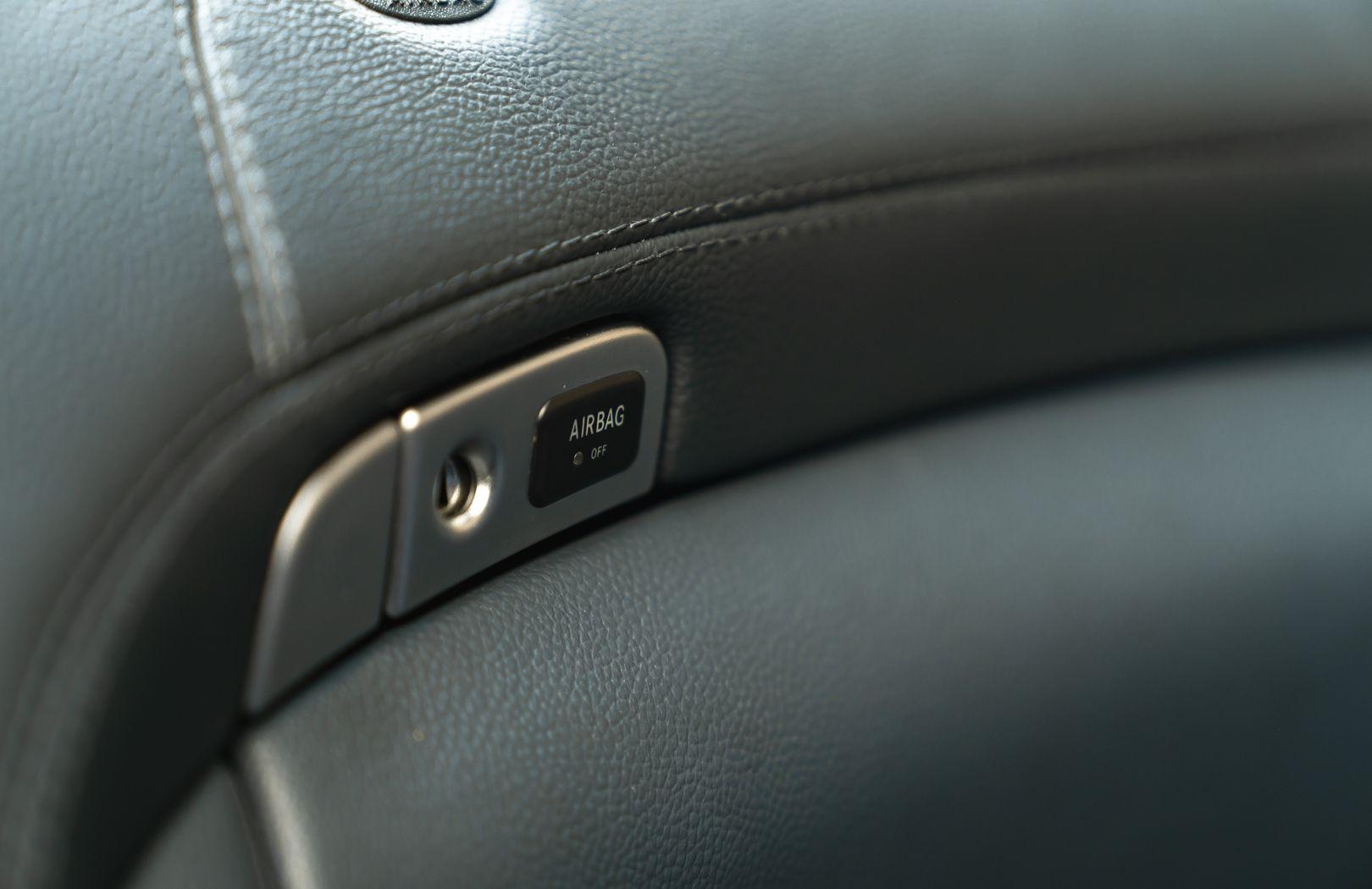2002 Mercedes-Benz SL500 84182
