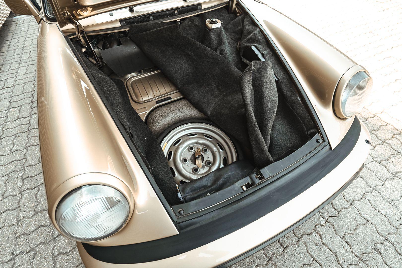 1985 Porsche 911 Carrera 3.2 Targa 73232